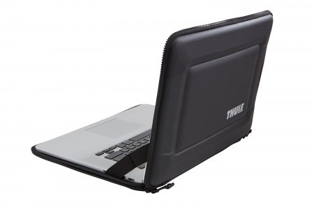 THULE Gauntlet 3.0 15 MacBook Pro Retina TGSE2254B